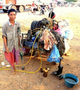cambodia_amputee_assistance_theropy_365