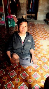 cambodia_amputee_assistance_theropy_peng2